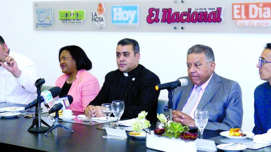 Esteban T.  Gómez, María Ayala,  Isaac García, Juan Bolívar Díaz y Néstor Rojas.  ELIESER TAPIA.