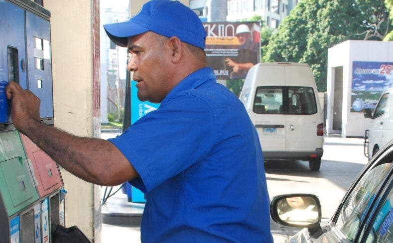 Suben precios de todos los combustibles entre 1.70 y 4.60 pesos