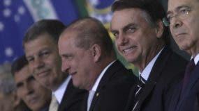 Jair Bolsonaro juramenta a ministros de su gobierno, AP
