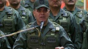 Vladimir Padrino López  defendió la  unidad de los militares.