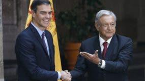 Los  presidentes  López Obrador y Pedro Sánchez hablaron durante su visita a México.