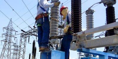 Según la   Asociación de la Industria Eléctrica, en  2017 la deuda  era deUS $267.4 millones.