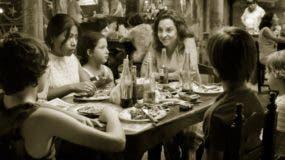 Alfonso Cuarón  permite que los conflictos se vayan configurando paulatinamente .  Archivo