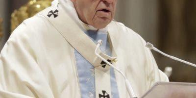 El papa Francisco estará acompañado de 50 obispos. AP
