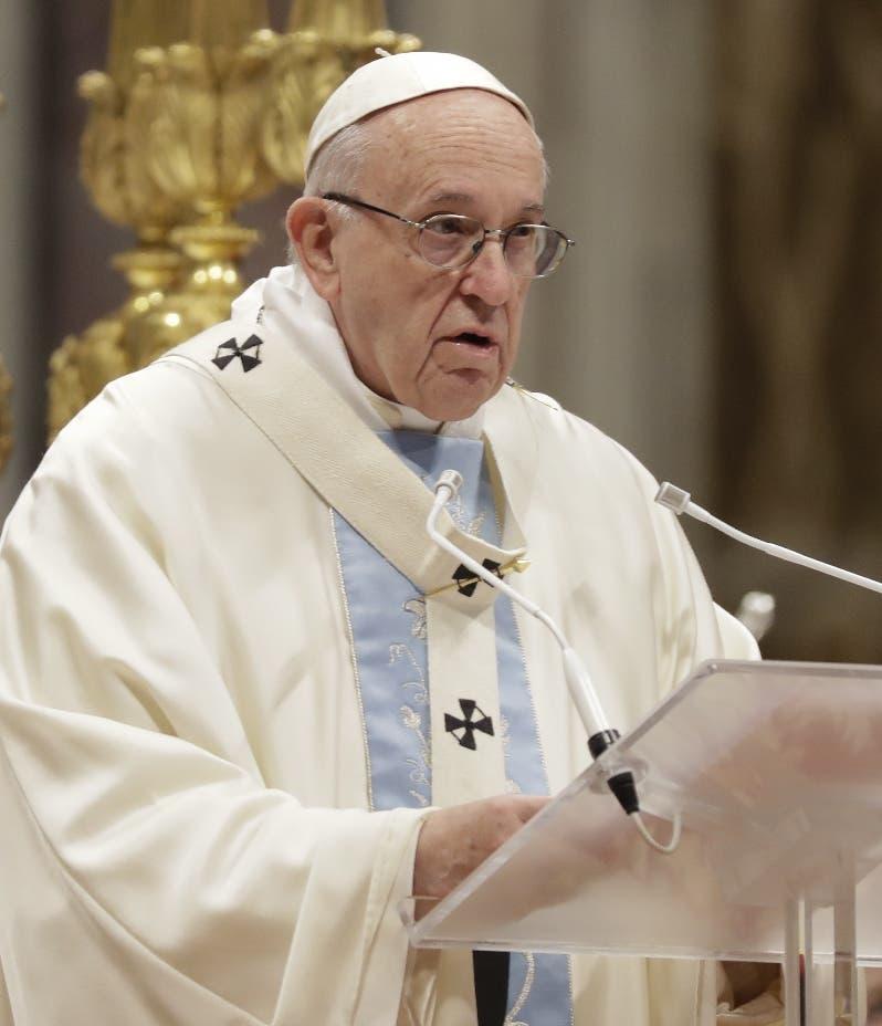 El papa admite errores en evangelización por imponer solo un modelo cultural
