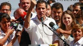 El opositor Juan Guaidó cuenta con el reconocimiento de Estados Unidos y Unión Europea.  ap