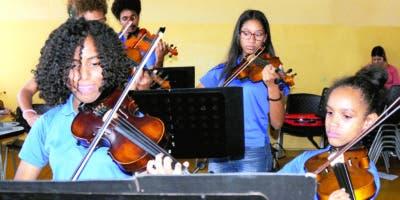 La academia mixta  busca brindar  a los  alumnos   un mejor estilo de vida que les permita un  crecimiento personal y  cultural. FOTO Nicolas Monegro.