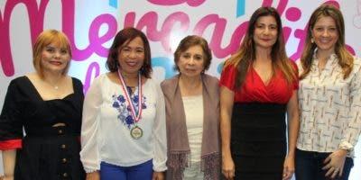Rommy Grullón, Zoila Puello, Miriam de Gautreaux, Luisa Féliz y Patricia Ramela.