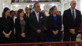 Autoridades de la Universidad Dominicana O&M, encabezadas por  José Abinader Corona.