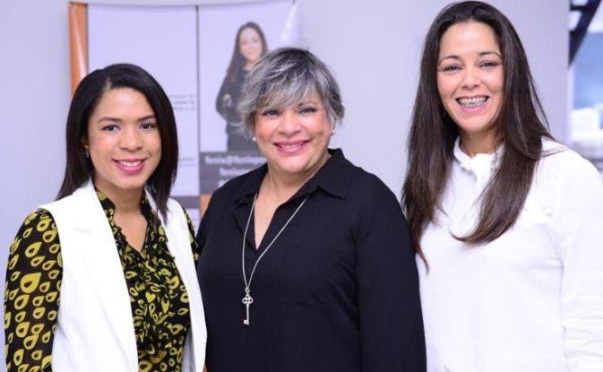 Patricia Sena, Ana Teresa Batlle y Fénix Pérez.