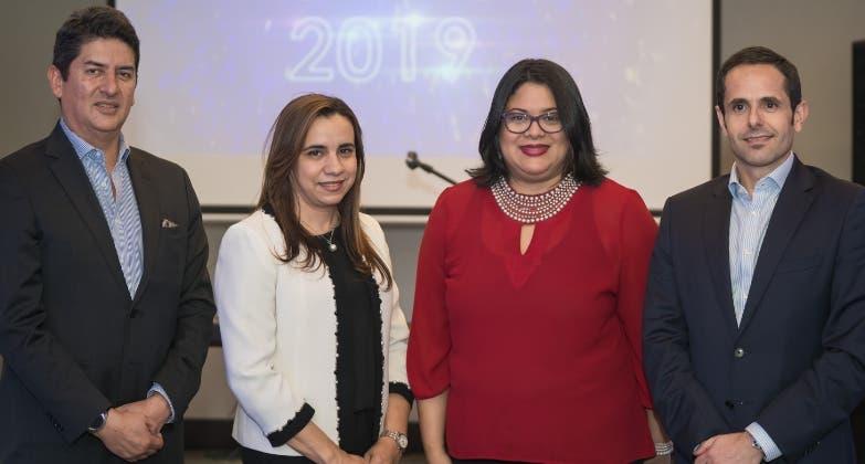 Arvey Benavides, Rosa María Grullón, Venus Balbuena y Simone Farci.