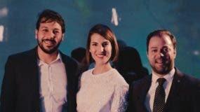 Jackson Grullón, Helena Sanez y  Yan Piero Núñez del Risco durante la presentación.