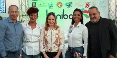 Francis Gallardo, Brenda Sánchez, Clara Olivo, Carolina Pelayo y Alfonso Rodríguez.