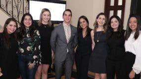 Perla Ciccone, Enyeline Alba, Loren Medina, José Martin, María Ochoa, Laura Mathiss, Camila Johnson y  Grabriela Genao.