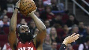 James Harden está teniendo  otra gran temporada para los Rockets de Houston.  AP