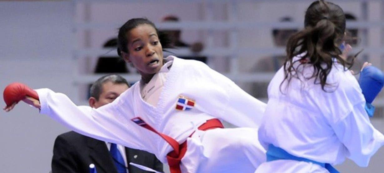 Ana Villanueva, izquierda, en una de sus grandes competencias.  Fuente externa