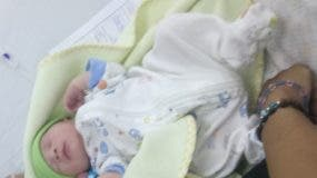 El primer niño nacido en la maternidad de La Altagracia.