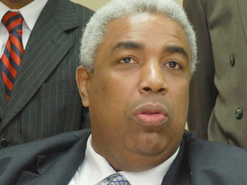 Peña Guaba niega aliados piden Leonel abandone PLD