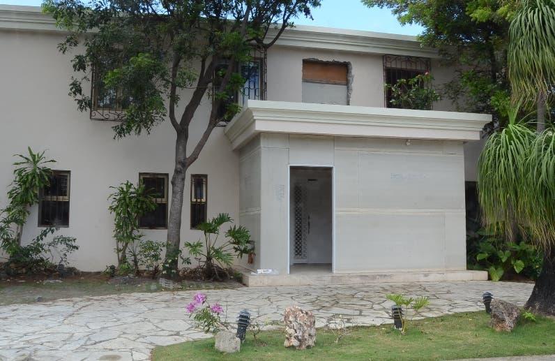 La construcción de esta vivienda es rechazada.  José de León