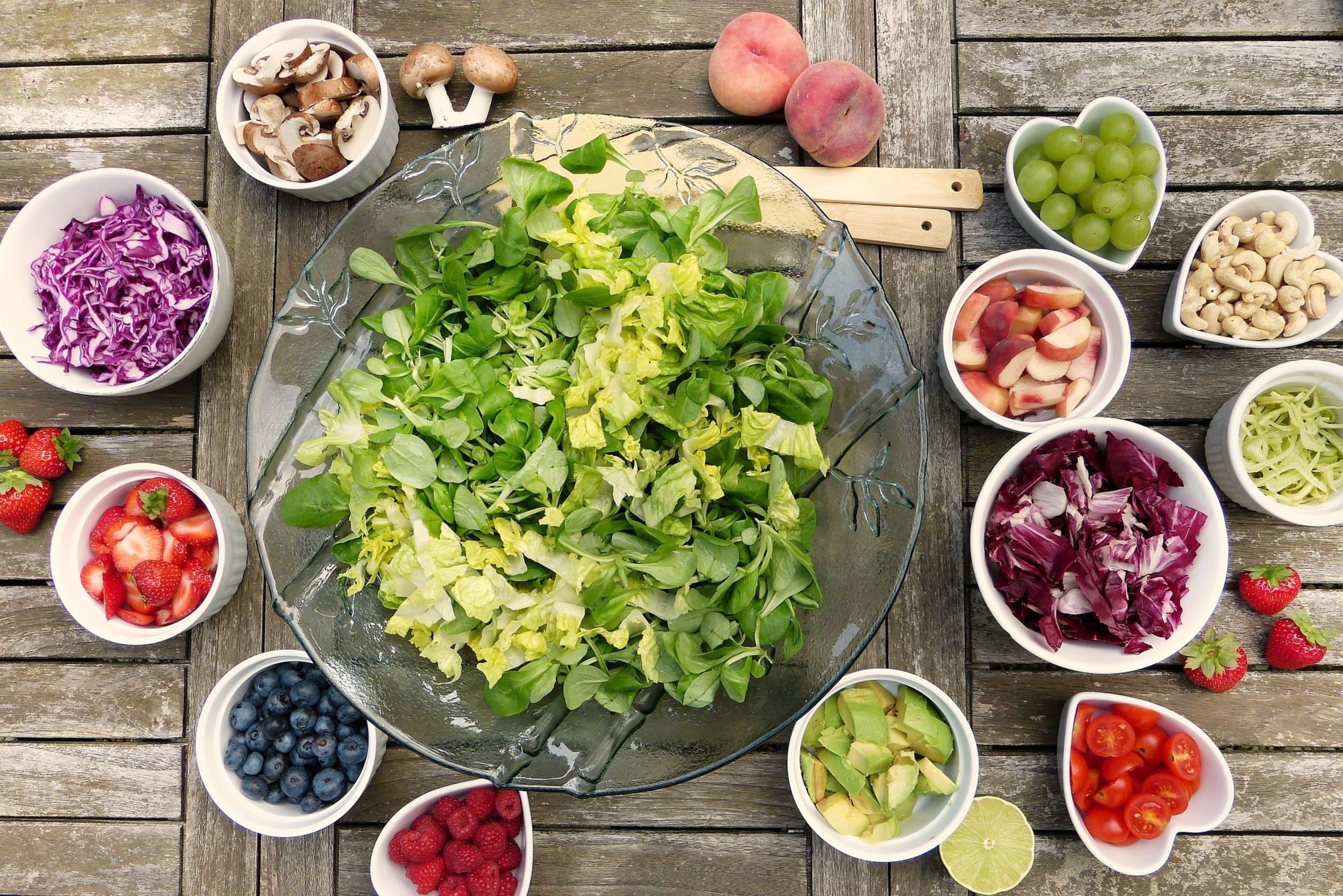 Elabora opciones  naturales para mantener o recuperar la salud mediante el uso adecuado de los alimentos.