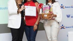 Patricia Álvarez, Ramona Aguilera Torres y Lariza Almánzar.