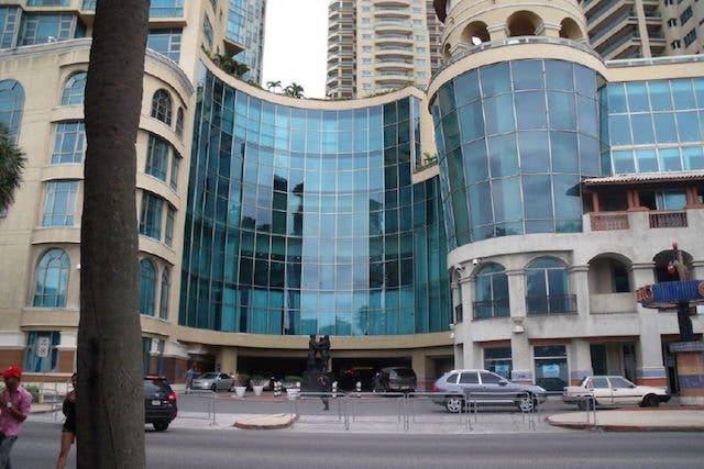 Eros Barbería y Spa opera en la torre Malecón Center del Distrito Nacional,