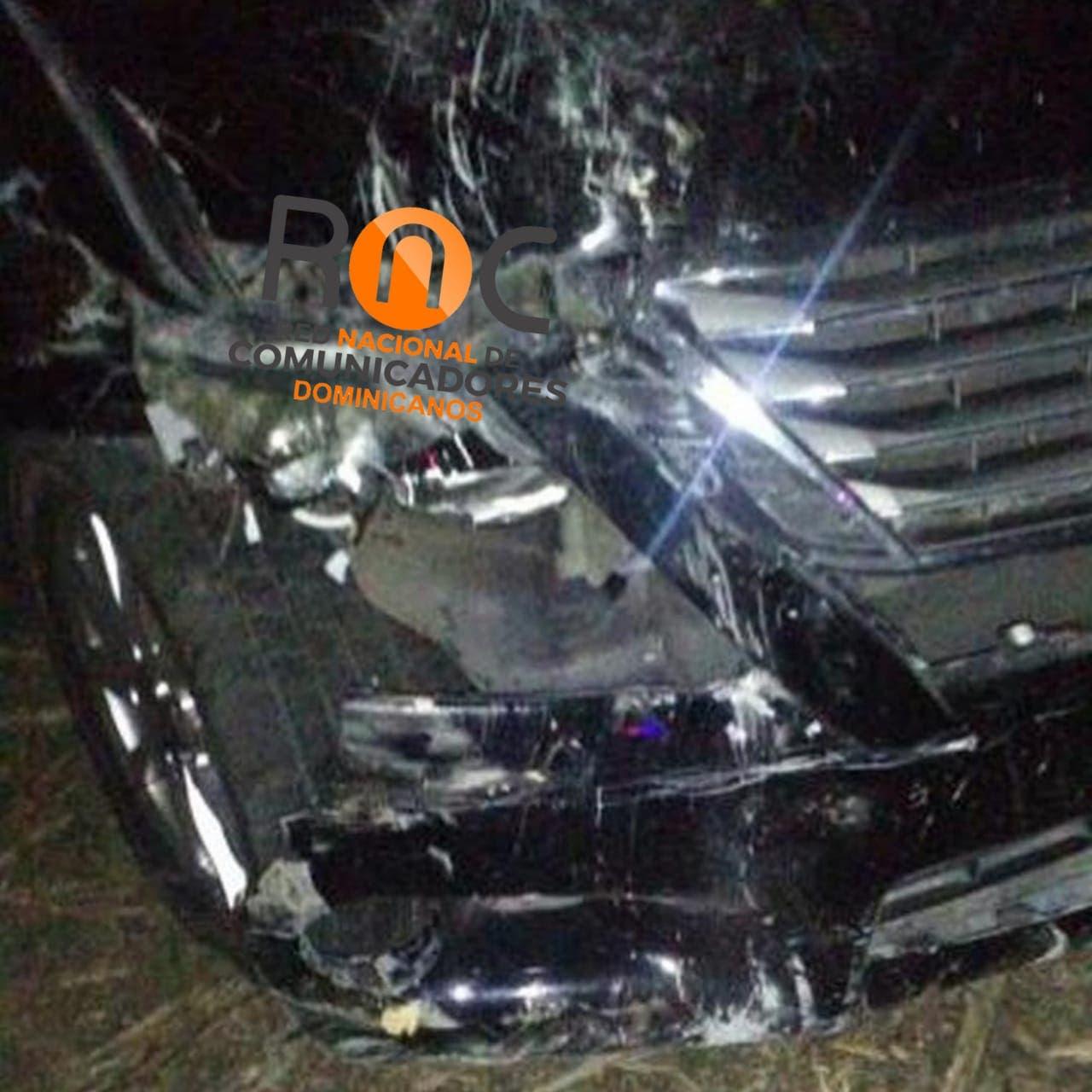El merenguero Héctor Acosta sale ileso de accidente de tránsito; otras dos personas resultaron lesionadas