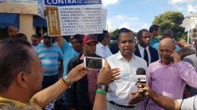 Miembros del Falpo protestaron frente al Palacio de Justicia de Ciudad Nueva.