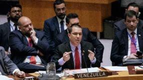 El ministro de Relaciones Exteriores de Venezuela, Jorge Arreaza, habló durante el Consejo de Seguridad de las Naciones Unidas en la U.N. Sábado, 26 de enero de 2019, en Nueva York. Durante la reunión, el Secretario de Estado de los EE. UU., Mike Pompeo, alentó al consejo a reconocer a Juan Guaido como el Presidente interino constitucional de Venezuela. (Foto AP / Kevin Hagen)