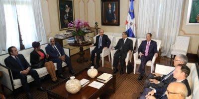 El Consejo Nacional de la Magistratura se reunió esta tarde.