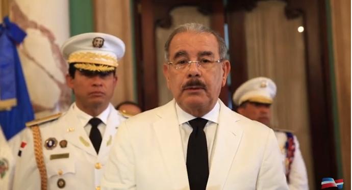 Danilo Medina dice exconvictos deportados de EE.UU son un grave problema para el país