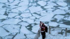 Los meteorólogos pronosticaron que en Chicago, en el estado de Illinois, se sentirá este miércoles y jueves más frío que en el Everest y en Antártica.