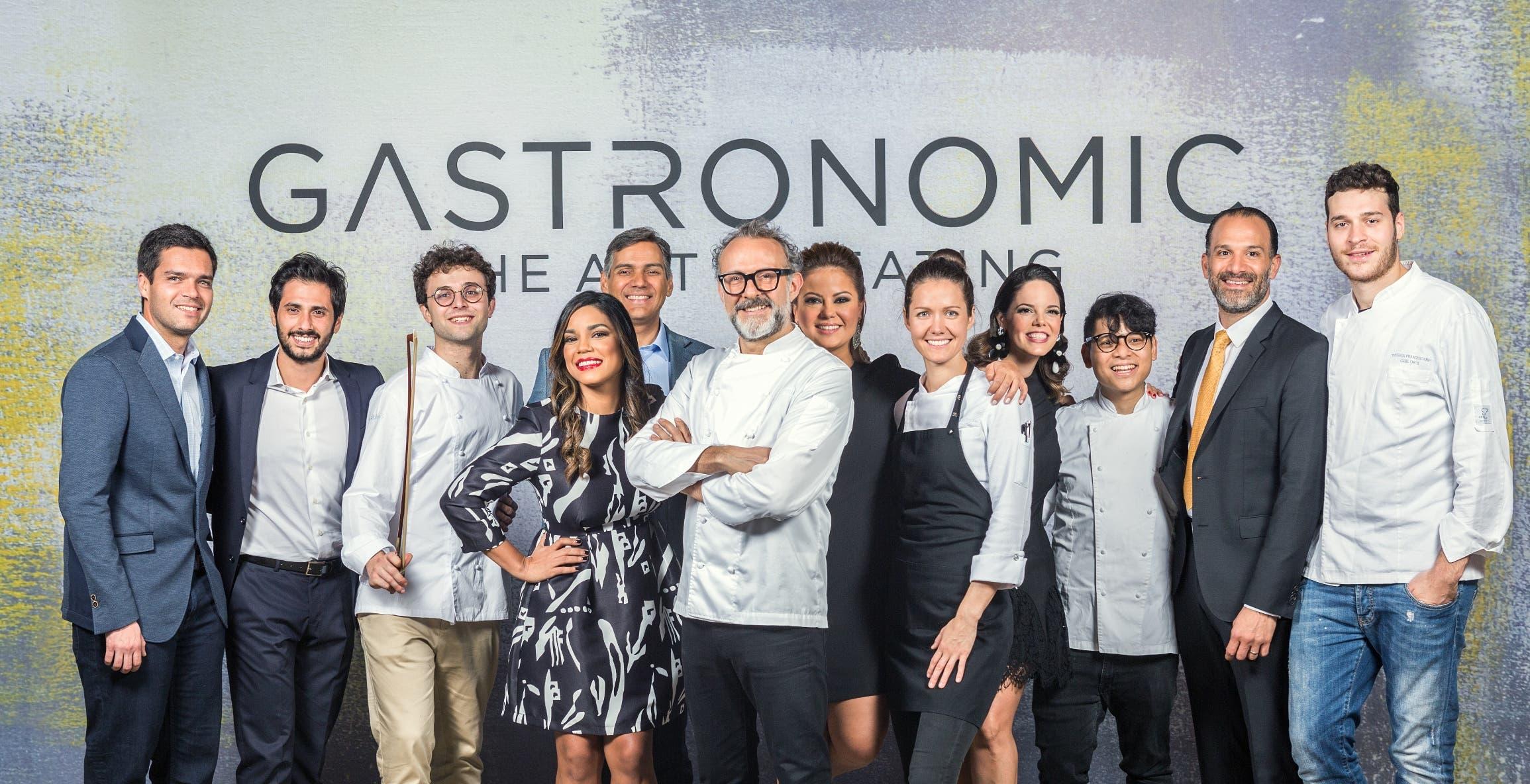 El equipo Gastronomic junto al equipo Bottura, durante una de las cenas.