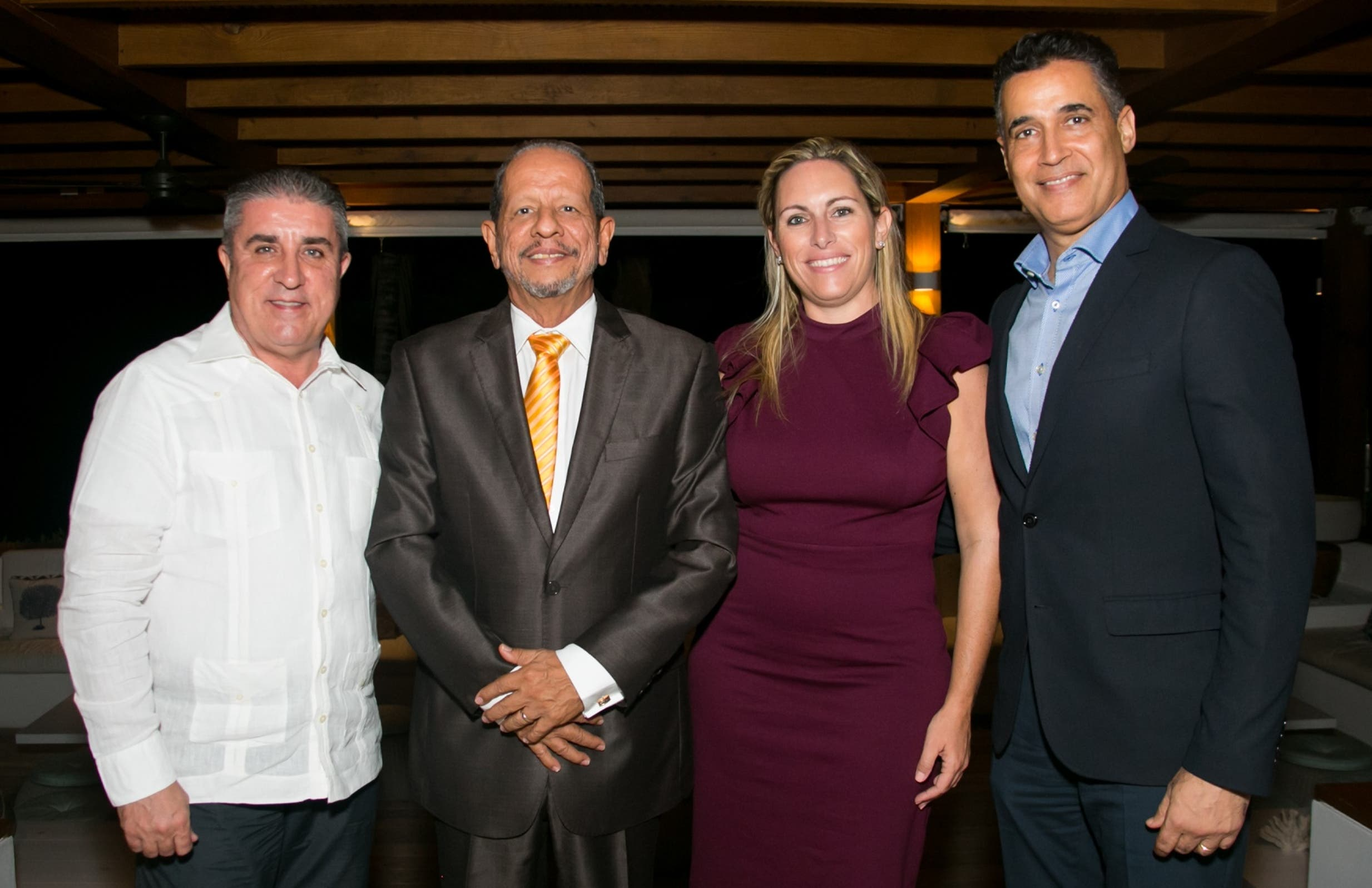 Andrés Fernández, Ernesto Veloz, Ana García-Sotoca y  Andrés Pichardo.