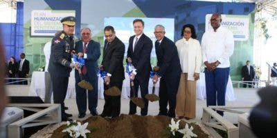 Los trabajos de construcción fueron asignados mediante licitación pública a la constructora Morel Gullón, por un monto de 97 millones de pesos.