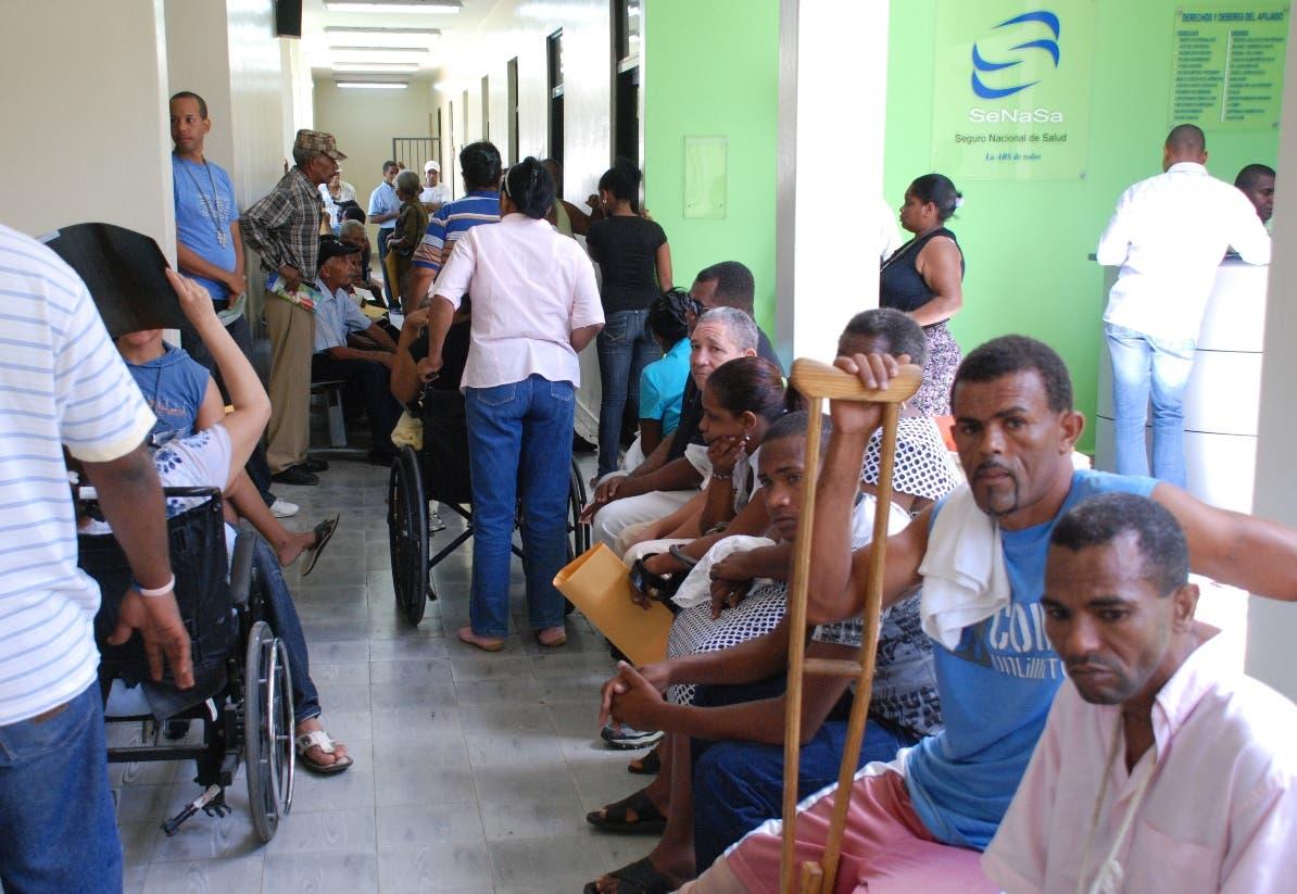 El presidente Medina procura ingresar 150 mil nuevos afiliados al sistema de salud.