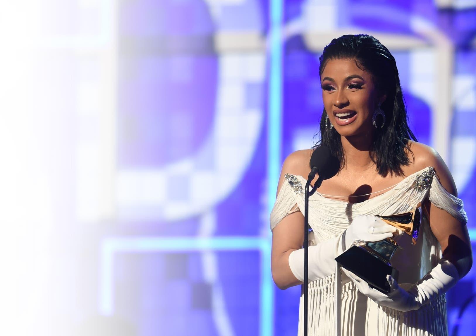Cardi B   brilló con su actuación y en su discurso al recibir un premio.