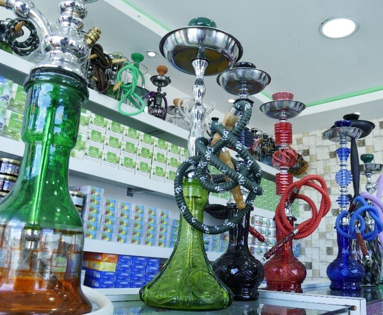 Su uso inició en  la antigua Persia e India  .  ELIESER TAPIA