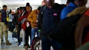 Chile deporta  a los haitianos y acoge a los venezolanos.