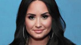 La cantante  Demi Lovato  estuvo interna en clínica.