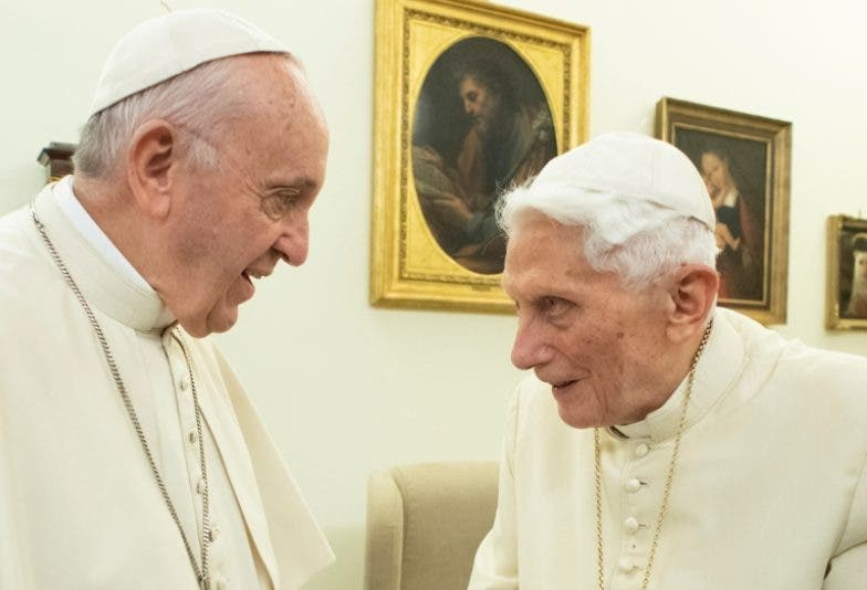 Primero que Francisco,  Benedicto XVI abordó el problema.