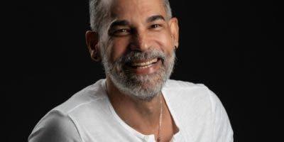 Micky Montilla regresó hacer teatro para honrar la trayectoria  que tuvo junto al columnista Vasco  Koldo.  AGENCIA