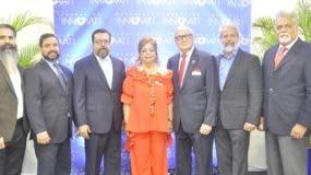 Ricardo, Ariel, Etienne Sánchez, Mildred Josefina Bergés de Sánchez Noble, Luis Sánchez Noble, Ernesto Sánchez y Gustavo Bergés.