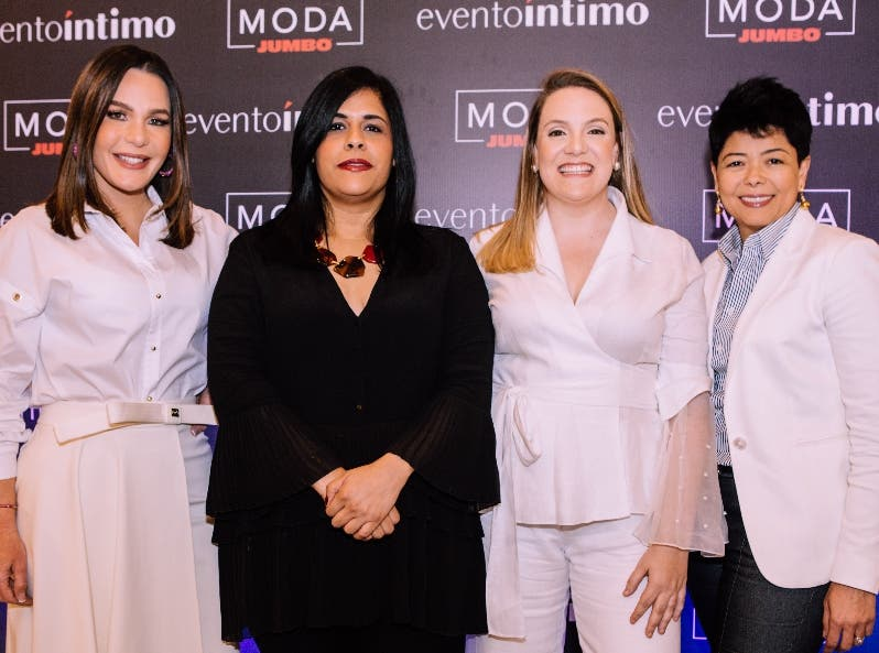 Luz García, Madelyn Martínez, Cristina Cuadra y Cinthia Antonio.
