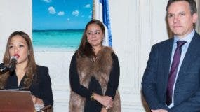 Massiel Medina, Mercedes Castillo    y Lionel Rabiet.