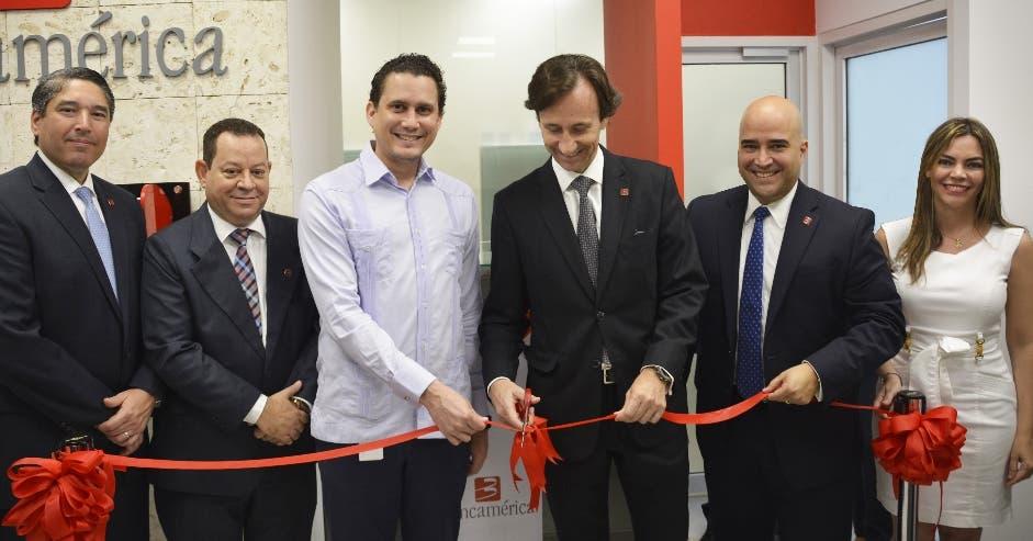 Bancamérica inaugura una sucursal