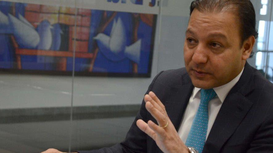 Abel Martínez atribuye su éxito a la alianza con el sector privado y la optimización de recursos,  reduciendo  el personal que cobraba  sin trabajar.  JOSÉ DE LEON.