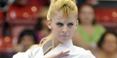 La karateca María Dimitrova compite en uno de sus grandes eventos.  Fuente externa