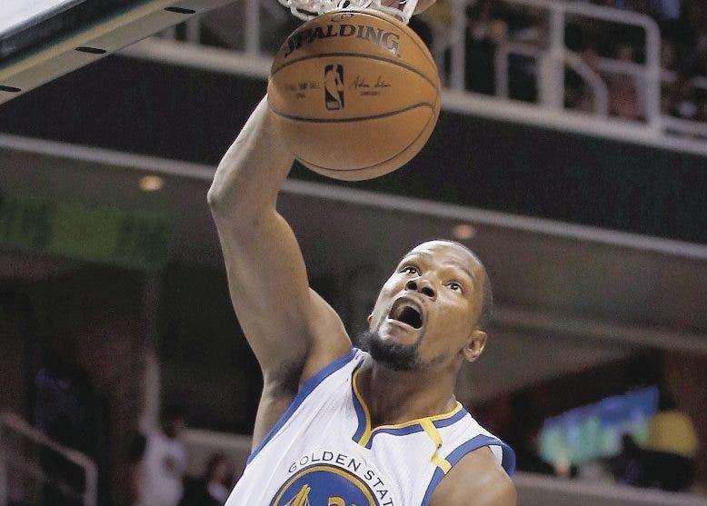 Kevin Durant pidió a los medios que lo dejen jugar.  Ap