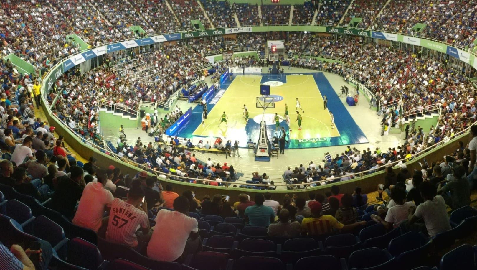 Así lucía anoche el Palacio de los Deportes con el respaldo que dieron  los fanáticos a  jugadores  dominicanos.   Alberto Calvo